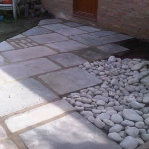 Reclaimed yorkstone and sea cobbles
